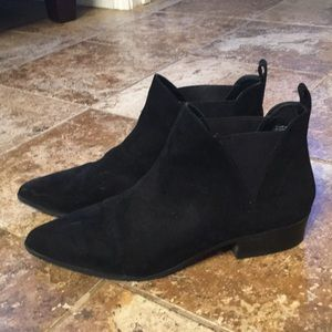 Forever 21 black suede booties size 10